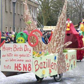 Bazillenschleuder H5N8 zum Radeburger Karnevalsumzug