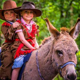 Eselreiten beim Karl-May-Fest