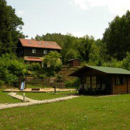 Finnhütte im Außengelände
