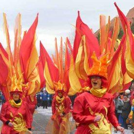 Höllenfeuer zum Radeburger Karnevalsumzug