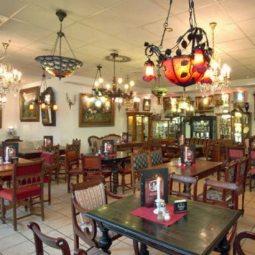 Kunst Café Antik - historische