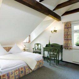 Pura Hotels Forsthaus Zimmer