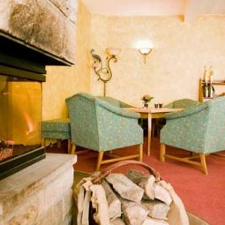 Pura Hotels Sigls Kaminzimmer