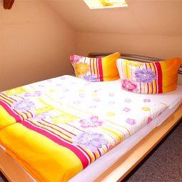 Schlafzimmer Ferienwohnung im Dachgeschoss