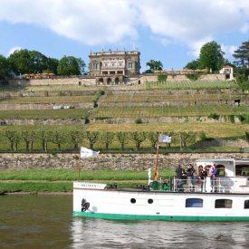 Schloss Albrechtsberg mit Dampfer