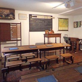 Schulhistorisches Kabinett