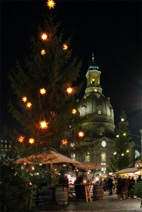Historischer Weihnachtsmarkt In Dresden 25 11 2016 Die