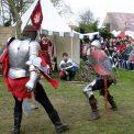 Ritterspiele zum mittelalterlichen Osterspektakel auf Schloss Burgk